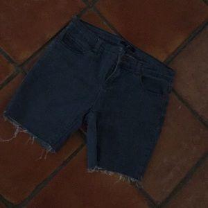 Fringe cut shorts